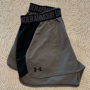 Under Armour Women's Play Up Shorts 2.0 Size M